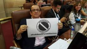 Aprobado proyecto que prohíbe el paramilitarismo