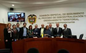 Visita de Embajadora de Italia - apoyo total a la paz